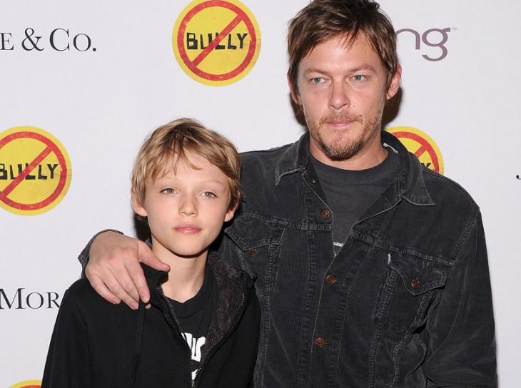 фото актера Нормана Ридуса с сыном