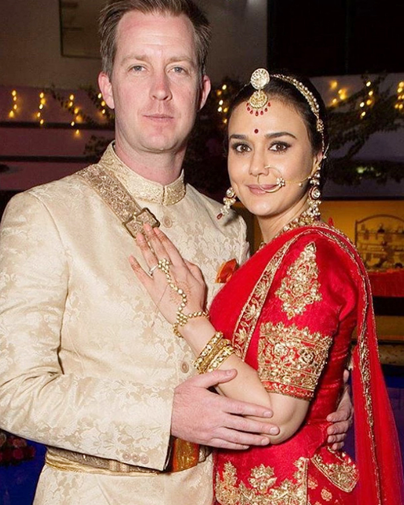 Фото Прити Зинта и ее муж Джина Гуденаф