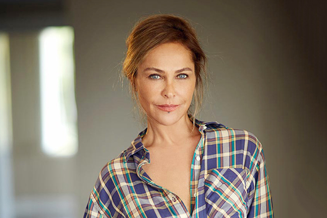 Фото Хюлья Авшар турецкой актрисы