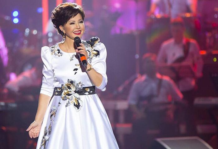 Роза Рымбаева певица эстрады на фото